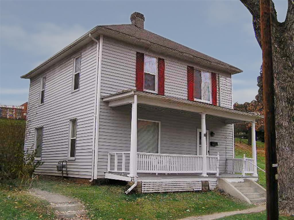 31 Central Ave Athens OH 45701